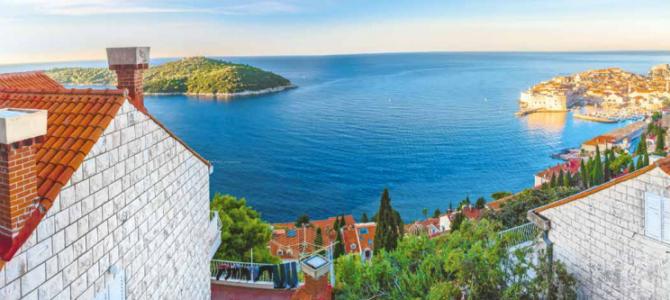 Balon cijena nekretnina na obali u niskom letu